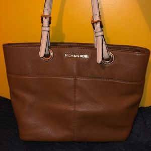 MK Bedford Top Zip Pocket Tote - Brown